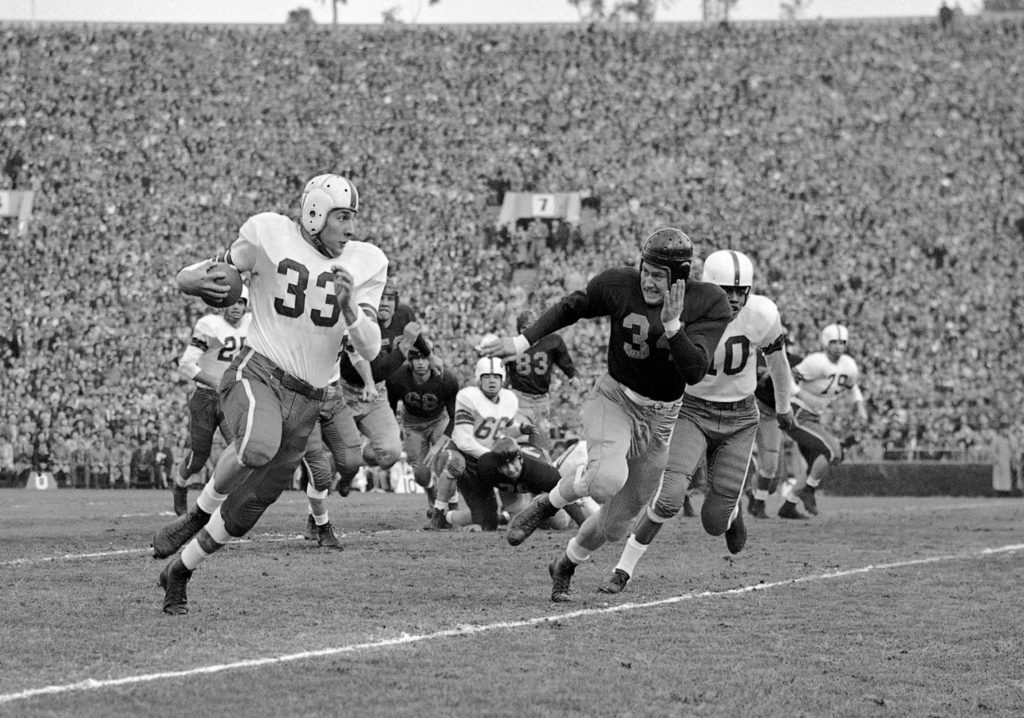 Fred 'Curly' Morrison, a two-time NFL champ and MVP of the 1950 Rose Bowl, dies at 94