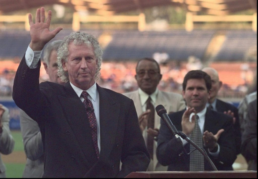Dodgers Hall of Fame ironman pitcher Don Sutton dies at 75
