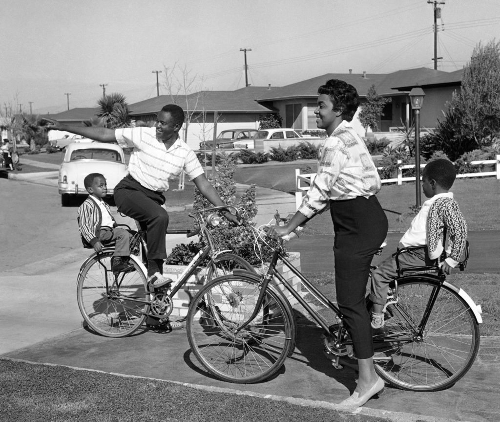 Ken Kelly, a Black space engineer and L.A. housing advocate, dies at 92