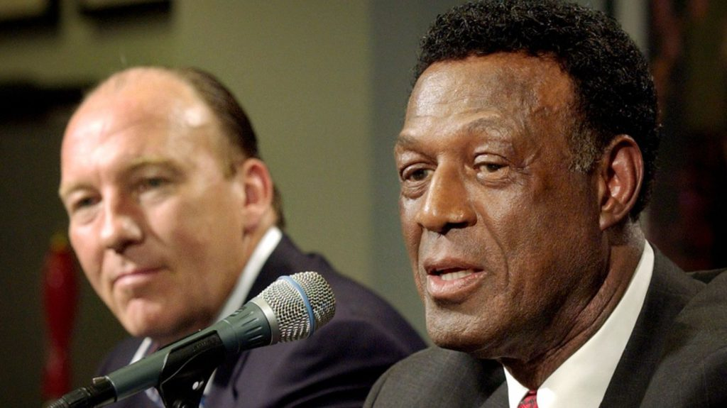 Lakers great and Clippers VP Elgin Baylor dies at 86